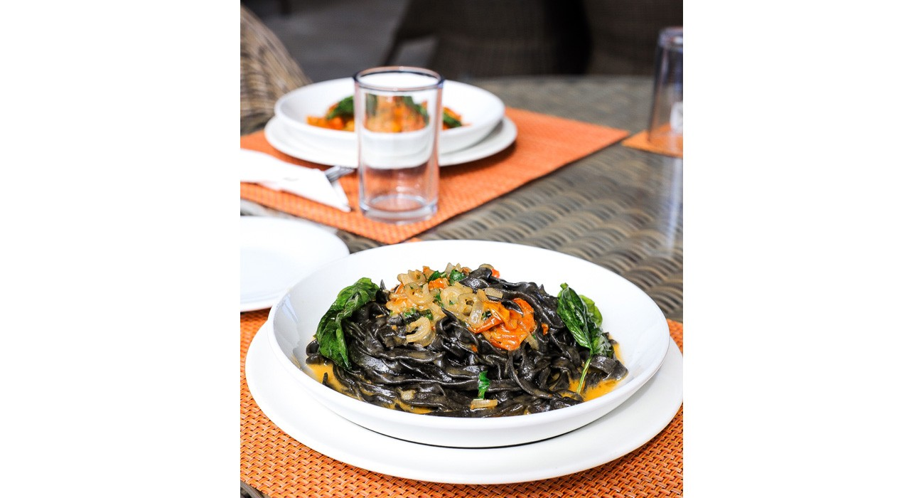 placte of squid ink fettucine